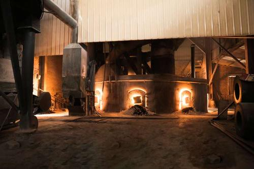 碳素材料在刚玉磨料中的应用