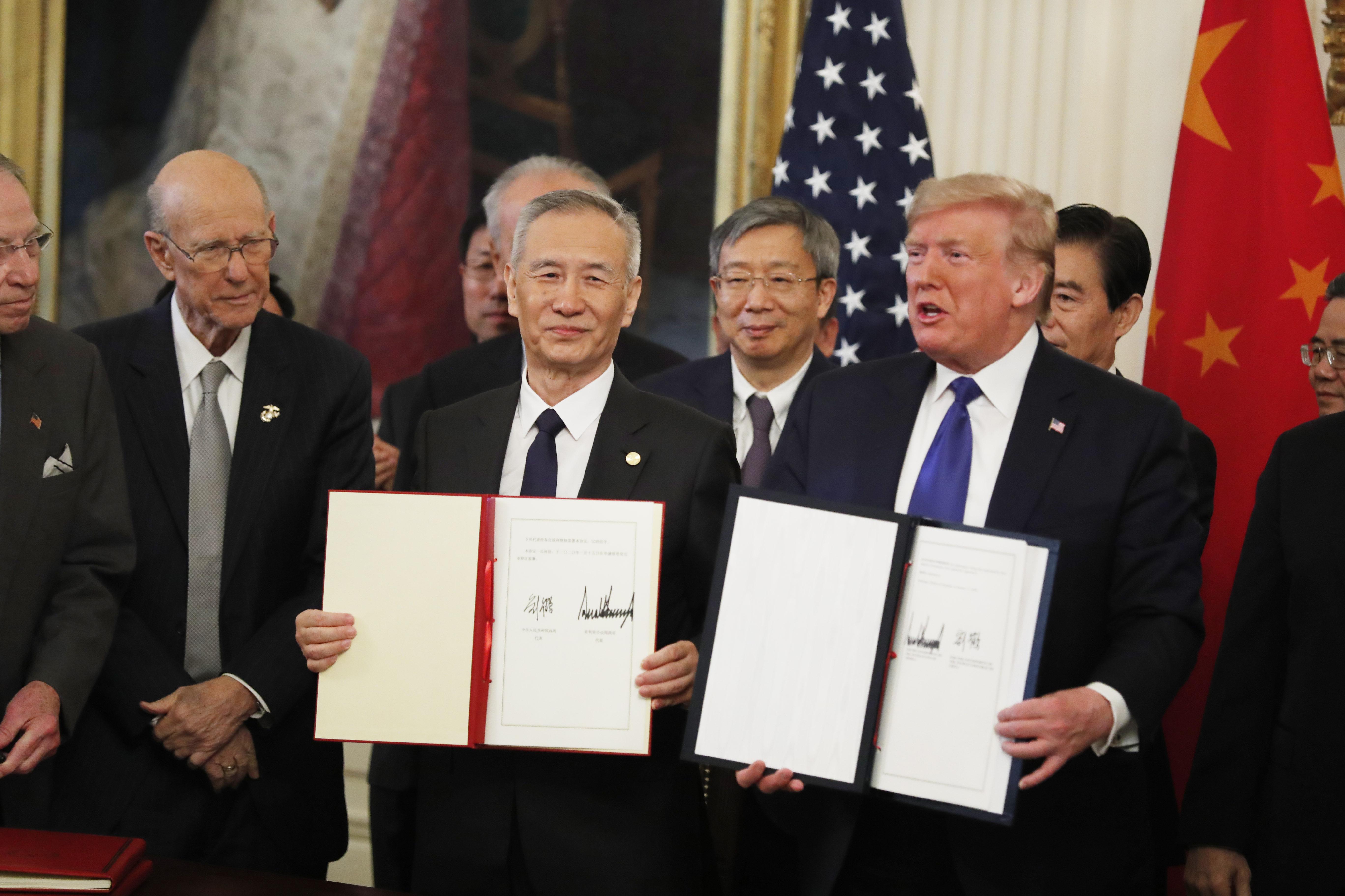 中美第一阶段经贸协议签署 将利好哪些行业?